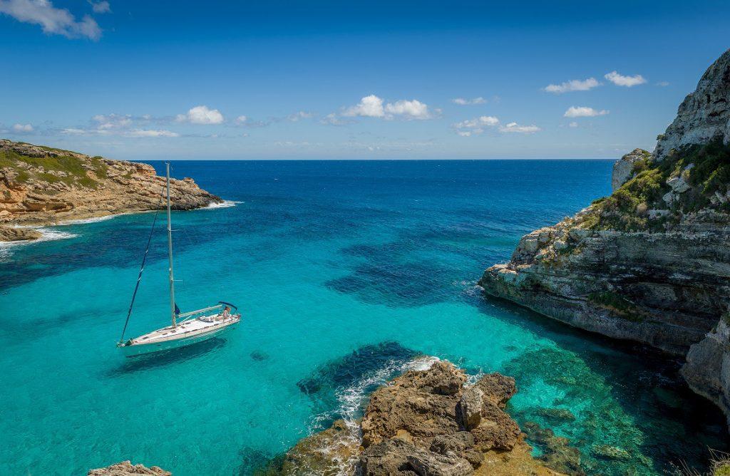 ankerbucht im Mittelmeer